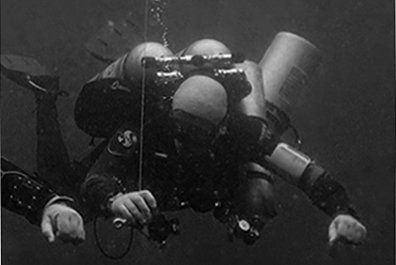 Trimix diver Moalboal